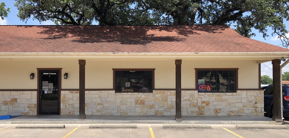 Columbus Pharmacy: 1206 Fannin St, Columbus, TX