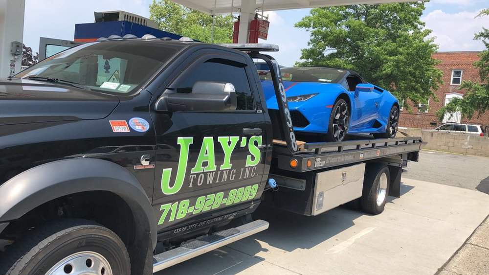Towing business in Floral Park, NY