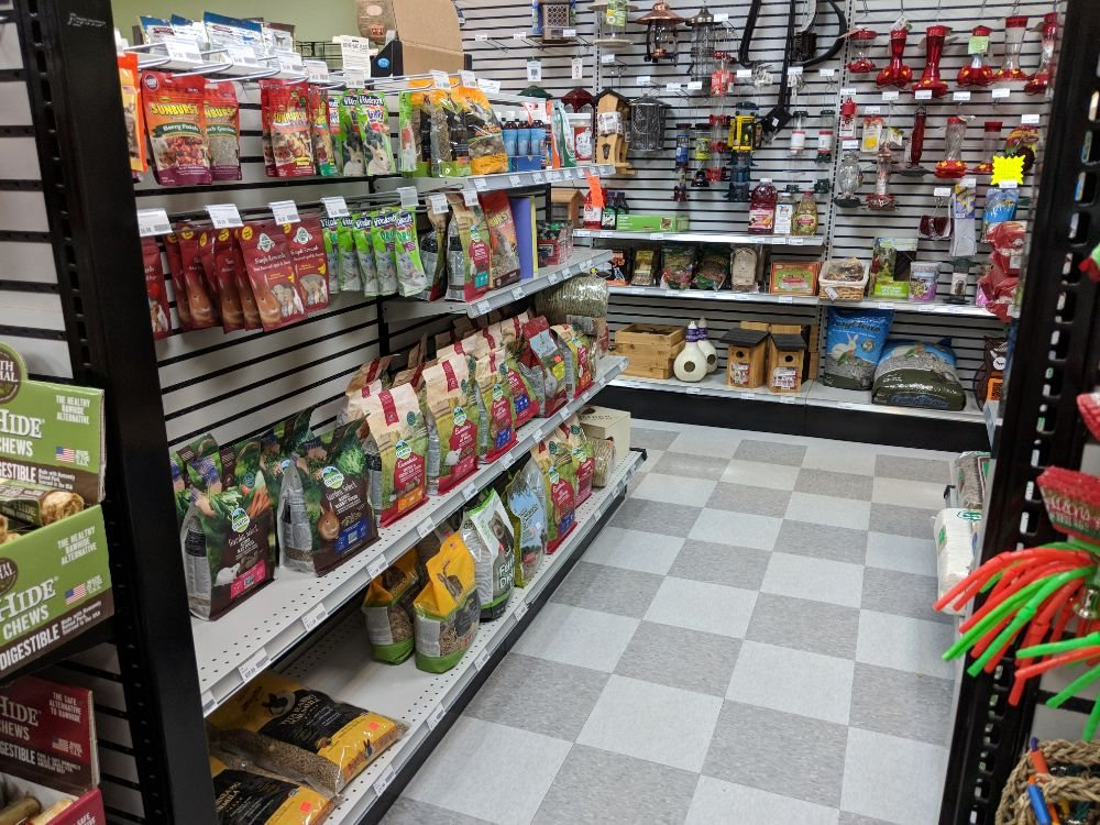 The Pet Stop & Bird Supply of New Hampshire: 522 Amherst St, Nashua, NH