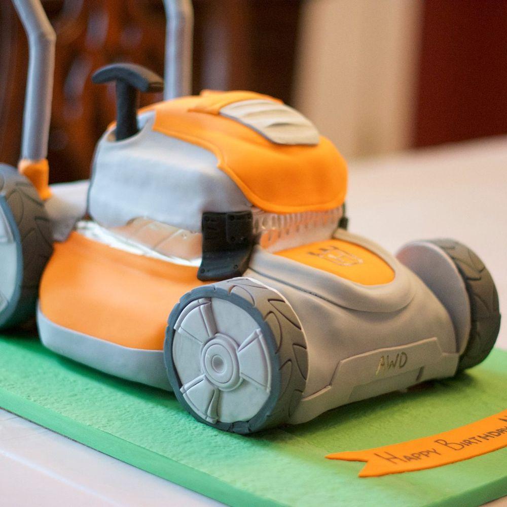 A Little Imagination Cakes