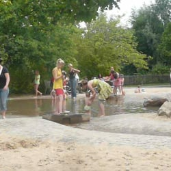 Wasserspielplatz Im Britzer Garten Parks Buckower Damm 163