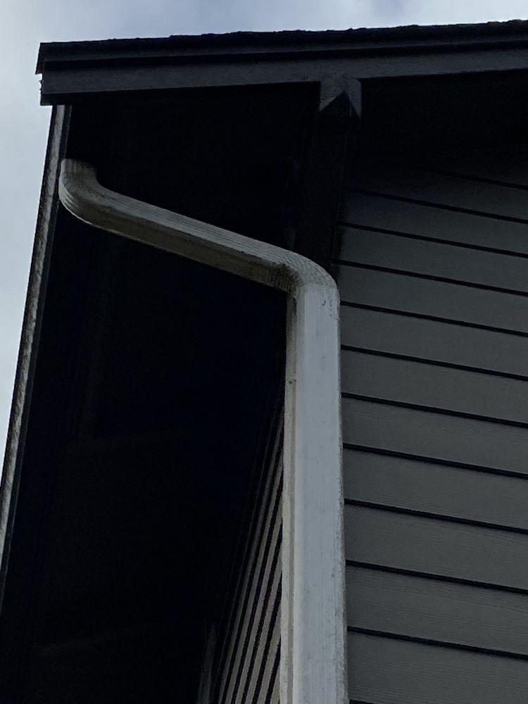 Jake's Gutter & Roof Cleaning: 322 158th St SW, Lynnwood, WA
