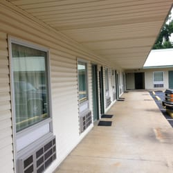 Photo Of Magnolia Lodge Winona Ms United States Rooms