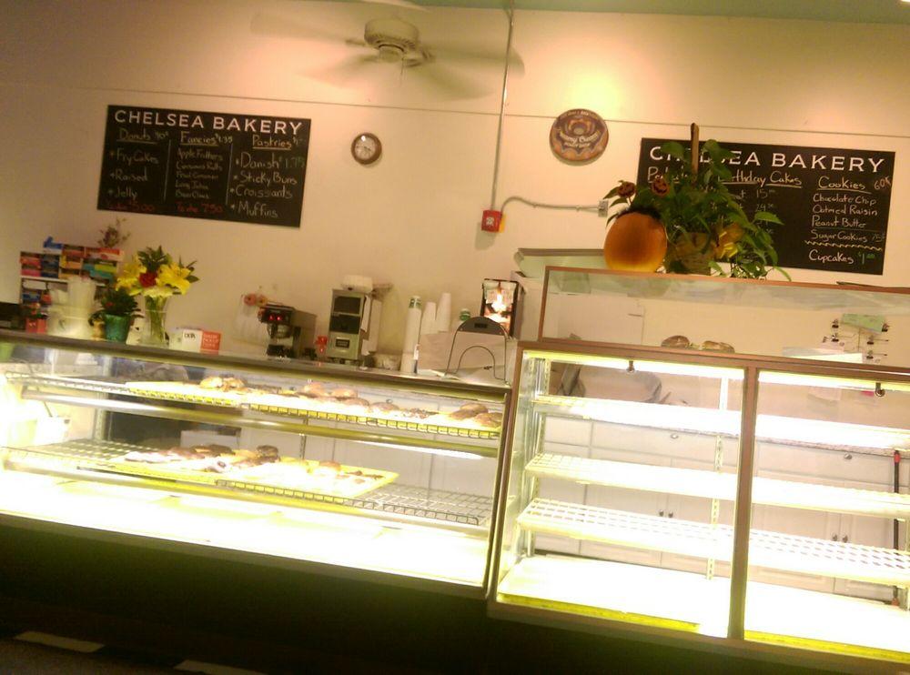 Chelsea Bakery: 117 S Main St, Chelsea, MI