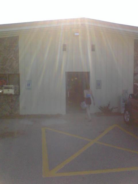 Jenny's Family Restaurant: 317 S Main St, Clintonville, WI
