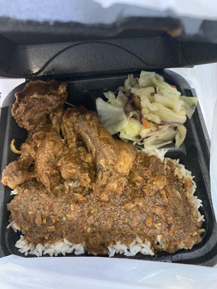 Coconuts Caribbean Cuisine: 204 Banks Crossing, Fayetteville, GA