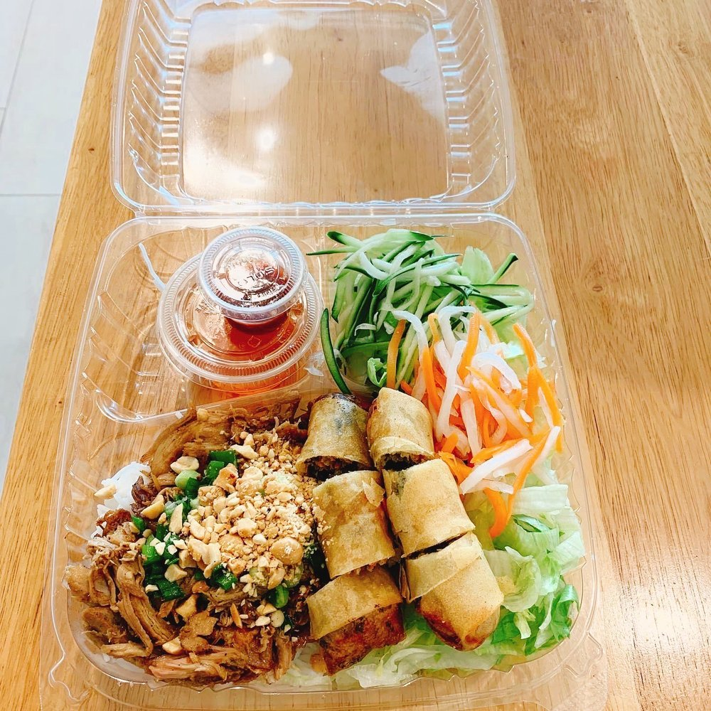 Pho and Rolls: 901 W Indiantown Rd, Jupiter, FL