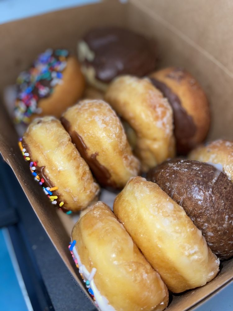Tasty-O Donuts: 1700 14th Ave, Vero Beach, FL