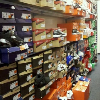 Rack Room Shoes , CLOSED , Shoe Stores , 775 S Grand Central