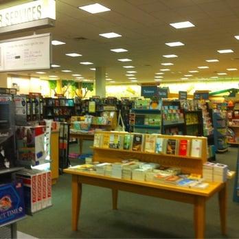 Barnes Amp Noble Booksellers Bookshops 1800 Mcfarland Rd