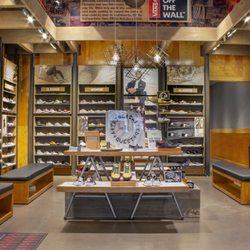 c59e22ae6adb32 Vans - 17 Photos   11 Reviews - Shoe Stores - 3111 W Chandler Blvd ...