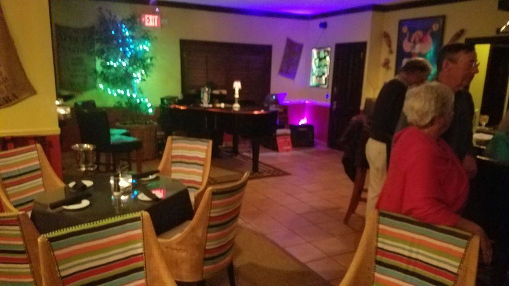 Havana Nights Piano Bar: 1605 Ocean Dr, Vero Beach, FL