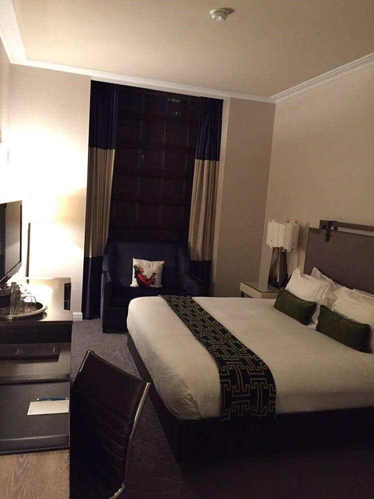 room on arrival spectacular yelp. Black Bedroom Furniture Sets. Home Design Ideas