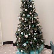 Photo of Tiffany & Company - Toronto, ON, Canada. Tiffany x'mas tree ^^