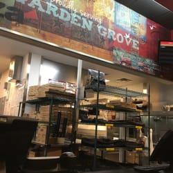 pizza hut order food online 28 photos 27 reviews pizza 10072 chapman ave garden