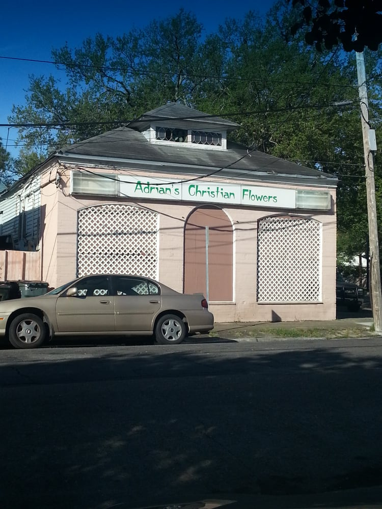 Adrian's Florist: 852 N Carrollton Ave, New Orleans, LA