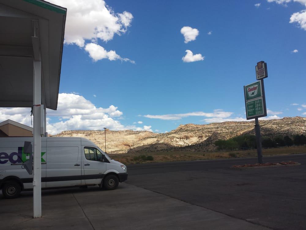 Canyon Country: 802 W Hwy 12, Escalante, UT