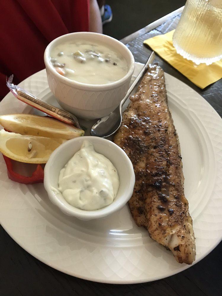 Lemon Wolf Cafe: 605 E W Towne Rd, Beaver Bay, MN