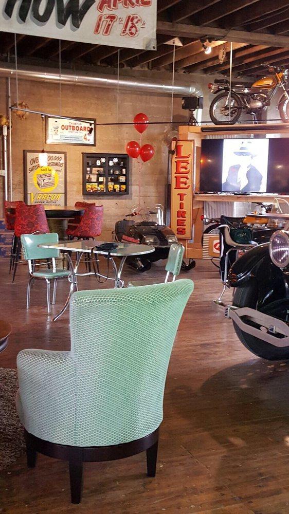 Badger Motor Car Company: 336 N Spring St, Columbus, WI