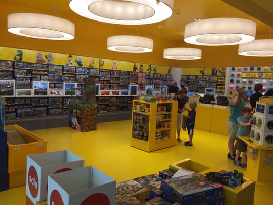 Lego Store 4400 Sharon Rd Unit M-05 Charlotte, NC Toy Stores ...