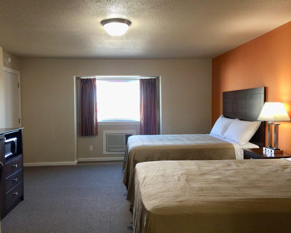 Downtown Motel: 1208 Oklahoma Ave, Woodward, OK