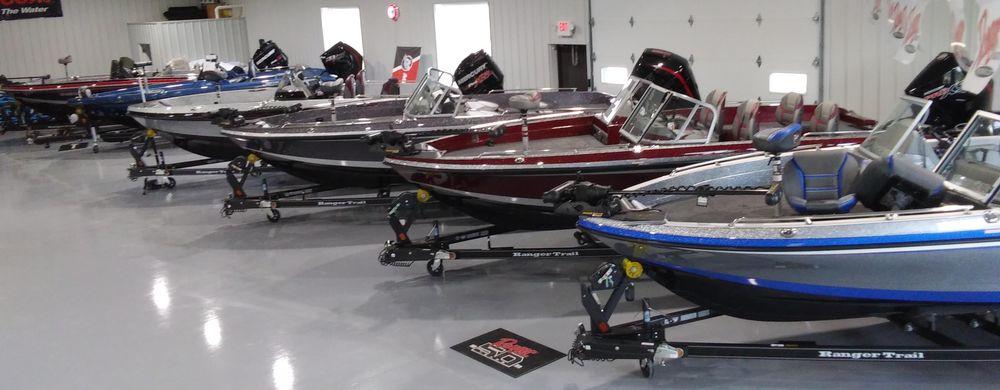 Peterson Marine: E1171 County Rd Q, Waupaca, WI