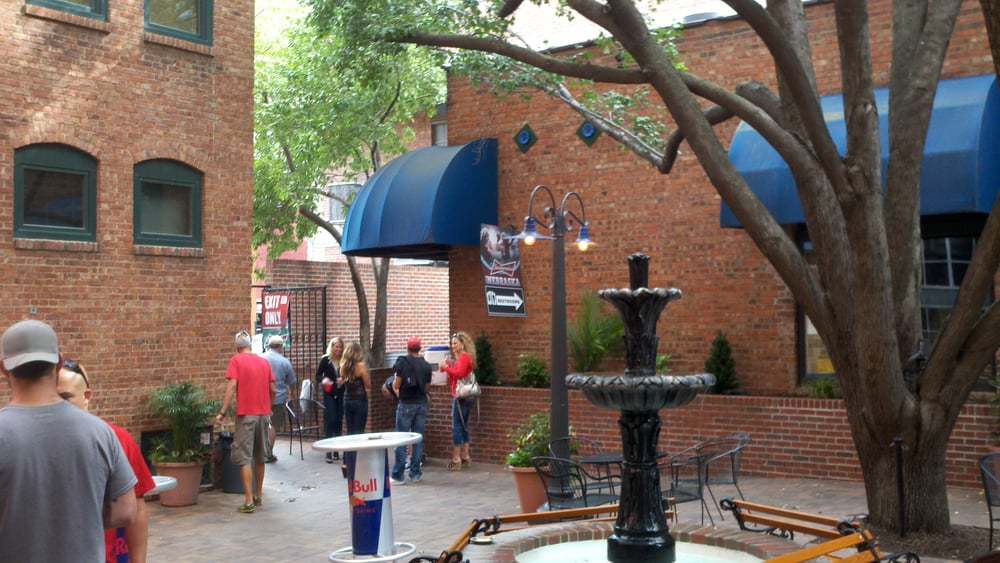 Tavern On The Square 11 Reviews Bars 816 P St