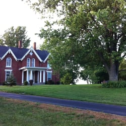 Photo Of Country Charm Historic Farm House Bed Breakfast Paris Ky United