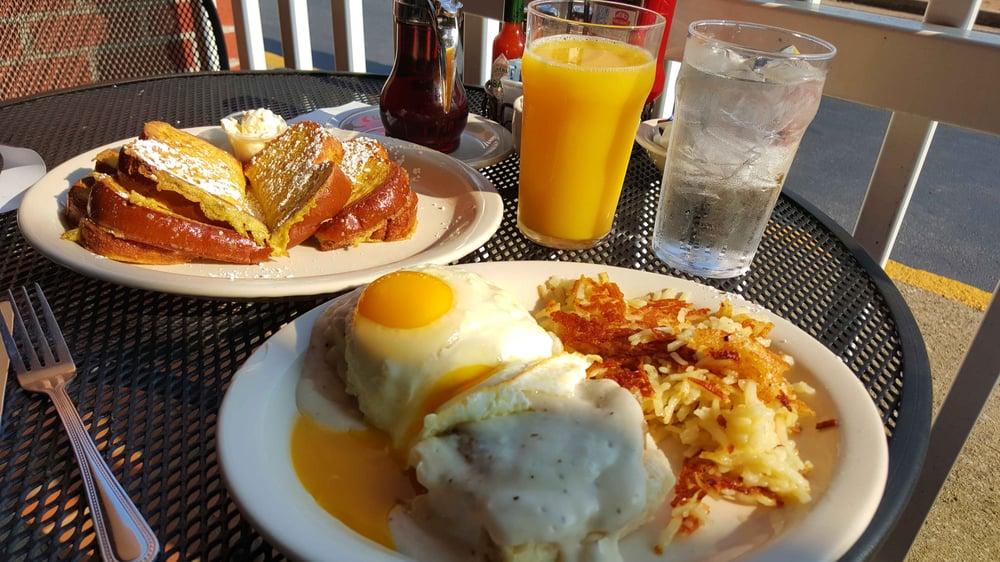 Breakfast Restaurants Near Johns Creek
