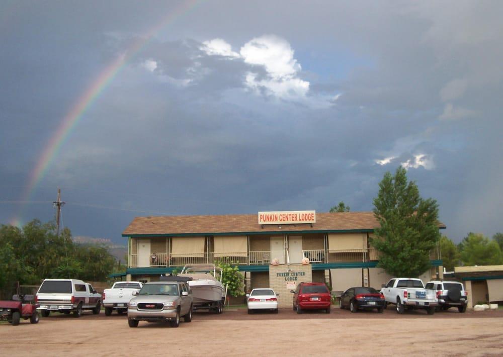 Punkin Center Lodge: Tonto Basin, AZ