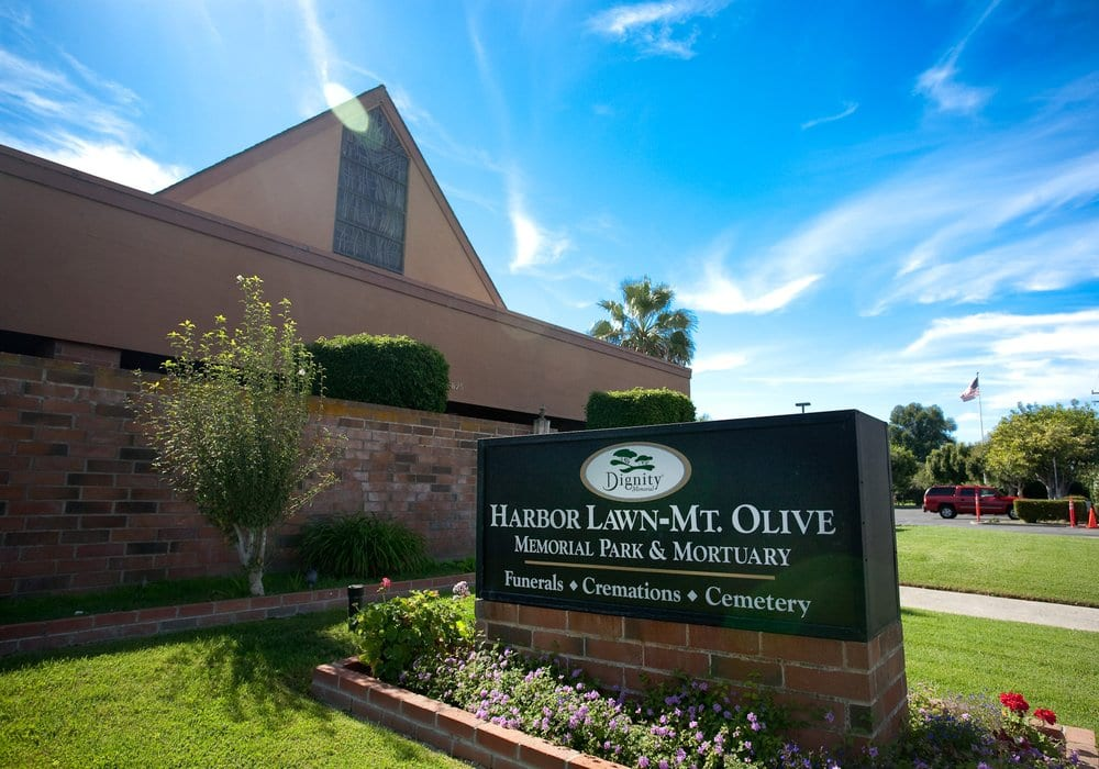 Harbor Lawn-Mt. Olive Memorial Park & Mortuary