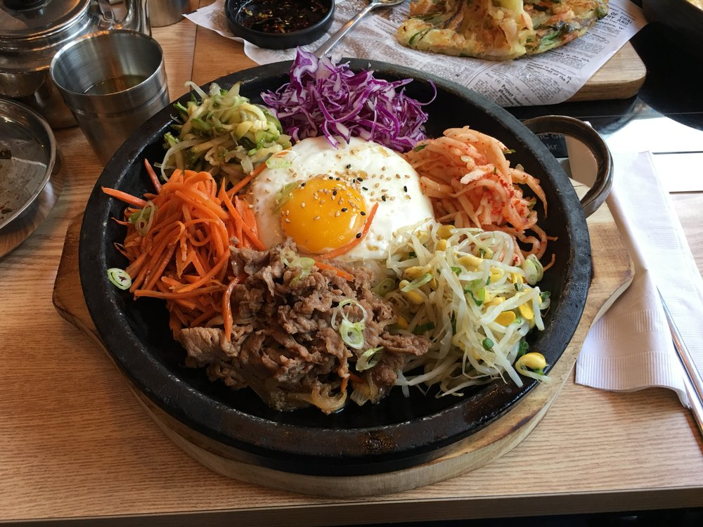 Korean food photo: Picnic Gimbap - Maangchi.com  |Bap Korean Food