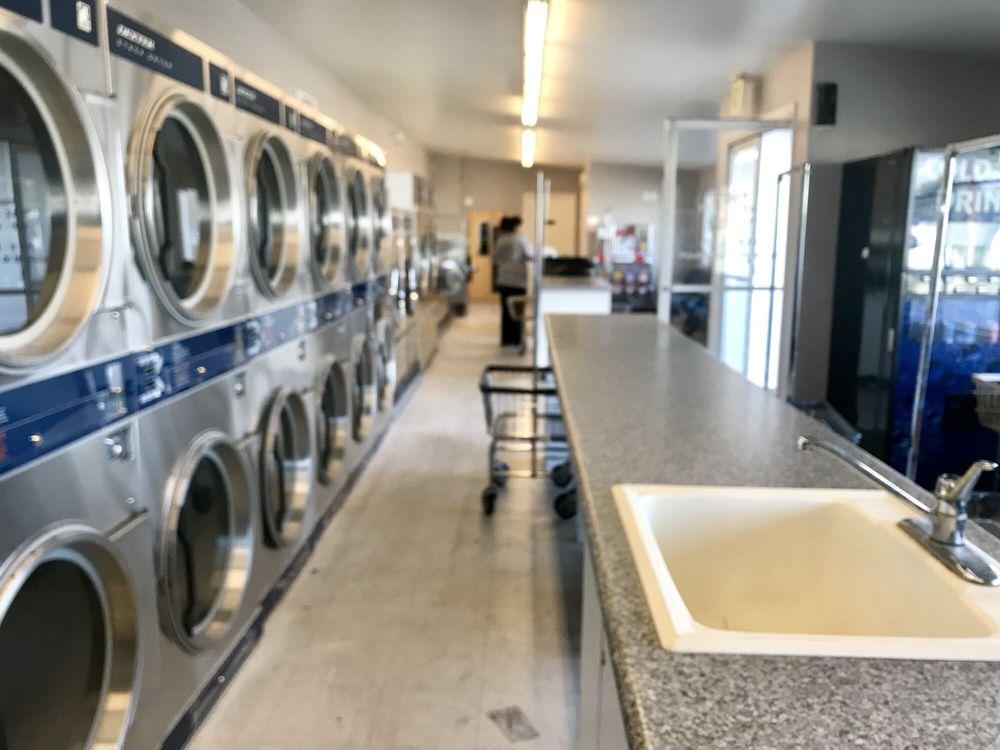Beaver Laundromat: 65 E Center St, Beaver, UT