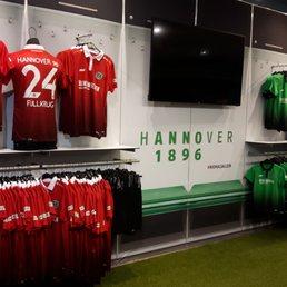 Hannover 96 fanshop 11 fotos y 10 rese as tienda de for Hannover souvenirs