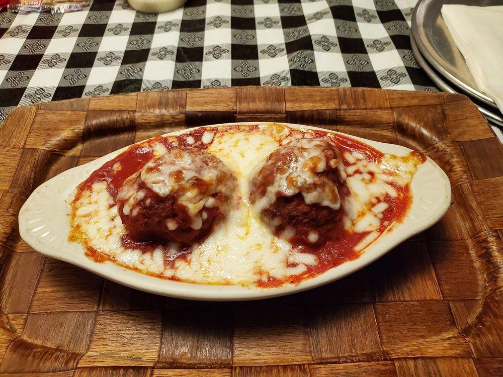 DiFilippo's Pizza: 2245 S US Hwy 231, Ozark, AL