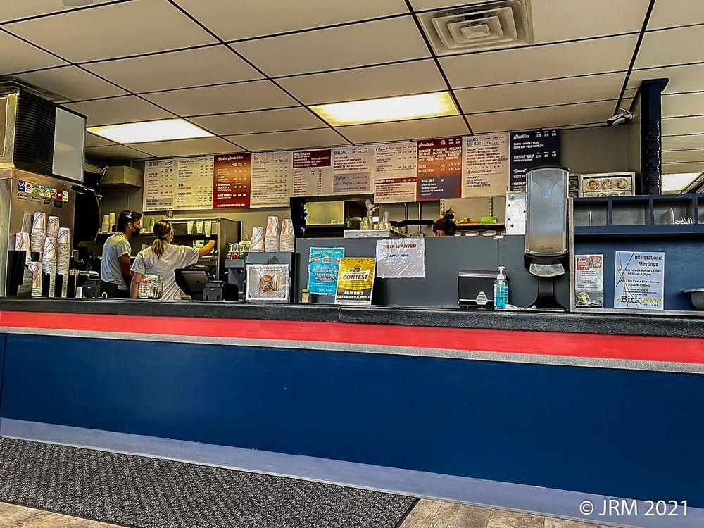 Murph's Creamery & Grill: 105 W Hwy 30, Toledo, IA