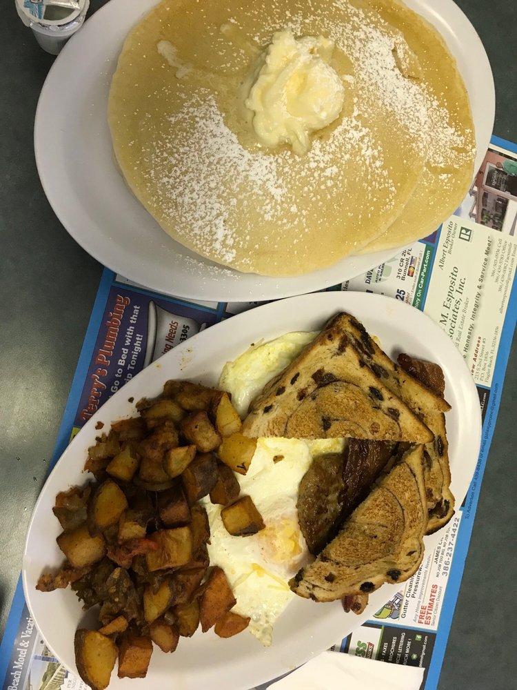 Sammy J's Boston's Best Breakfast: 2513 Moody Blvd, Flagler Beach, FL