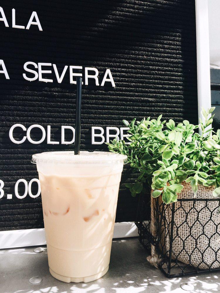 Heartland Coffee & Nosh: 423 4th St, Correctionville, IA