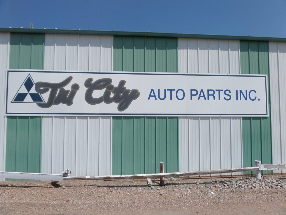 Tri-City Auto Parts: 924 W 4th Ave, Holdrege, NE