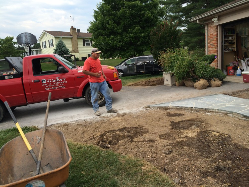 Walker's Lawn & Landscaping: Damascus, MD