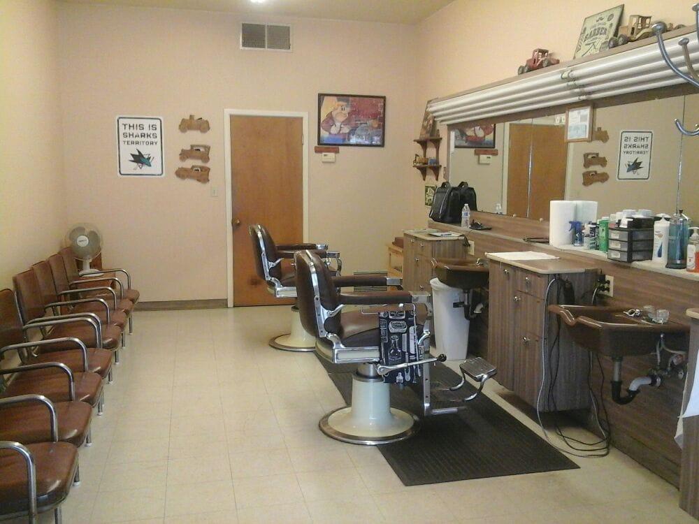 Crows Landing Barber Shop: 1414 Crows Landing Rd, Modesto, CA