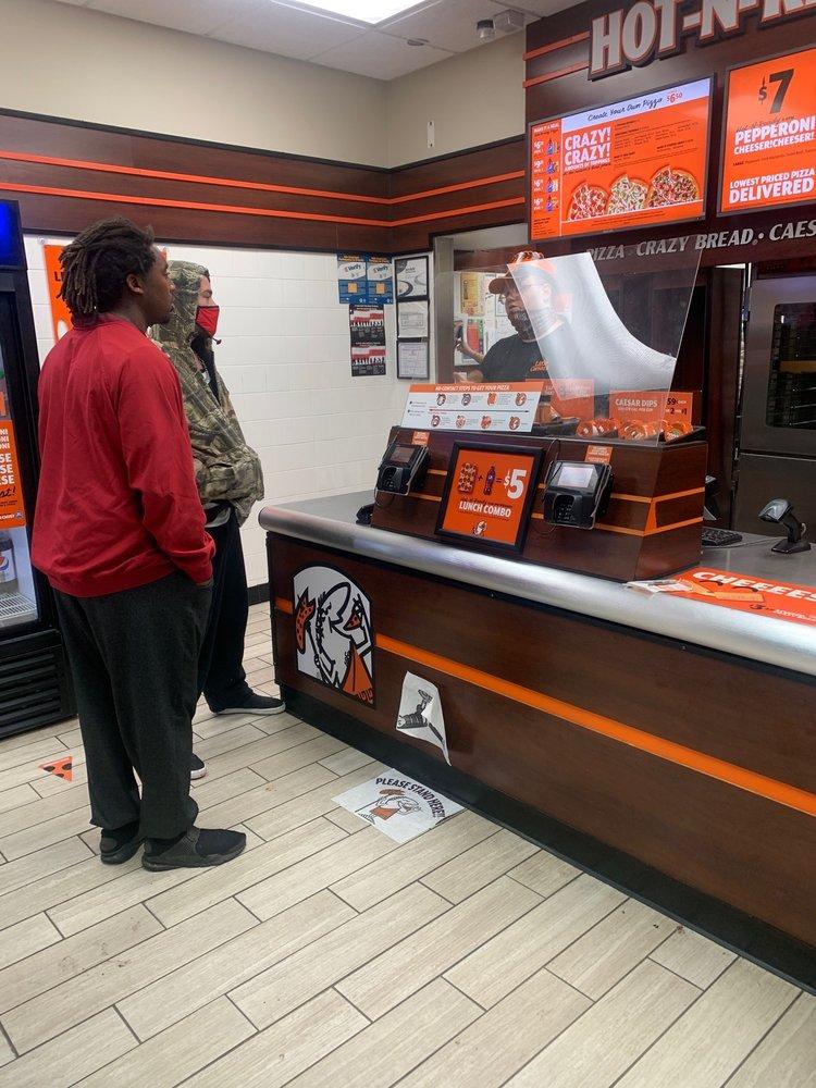 Little Caesars Pizza: 12709 I-45 South, Willis, TX