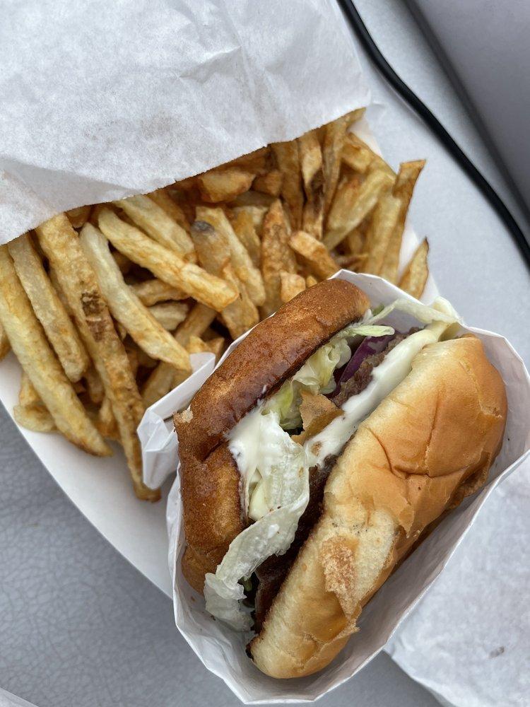 Photo of Billy Burgers Drive In: Wilbur, WA