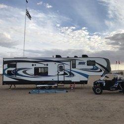 Pacific Coachworks - 14 Photos & 29 Reviews - RV Dealers - 3411 N