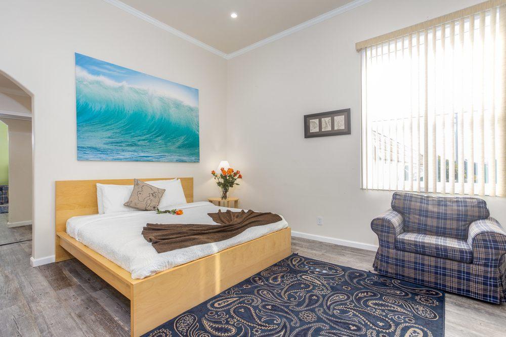 Ocean View Inn: 8425 Cabrillo Hwy, Montara, CA