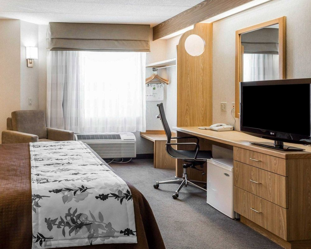 Sleep Inn: 3620 Candlers Mountain Rd, Lynchburg, VA