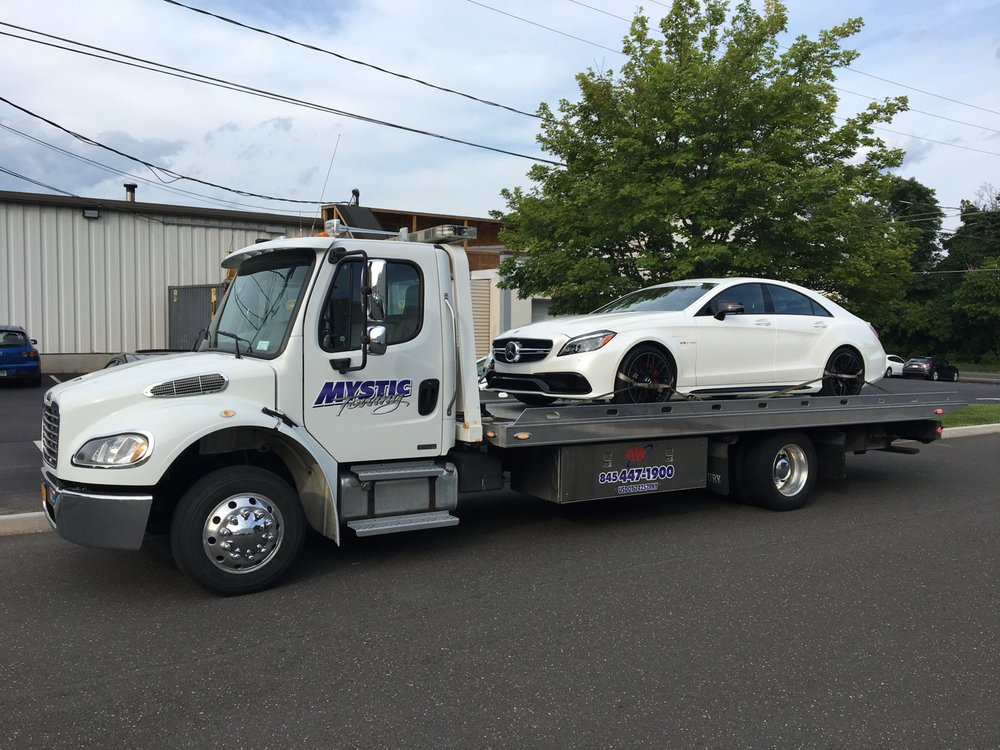 Towing business in Dover, NY