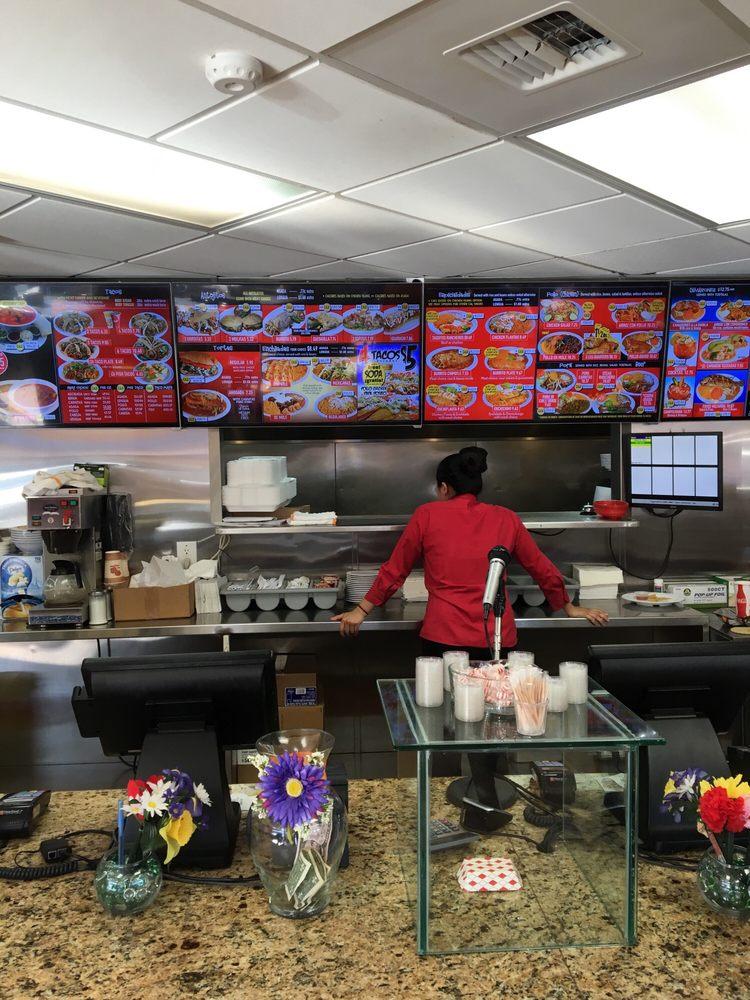 Restaurants Near Everett Mall