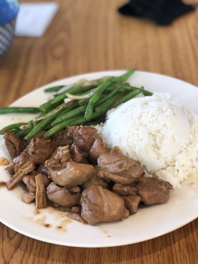 Island Cuisine Filipino and Asian Fusion: 6246 Towncenter Dr, Clemmons, NC