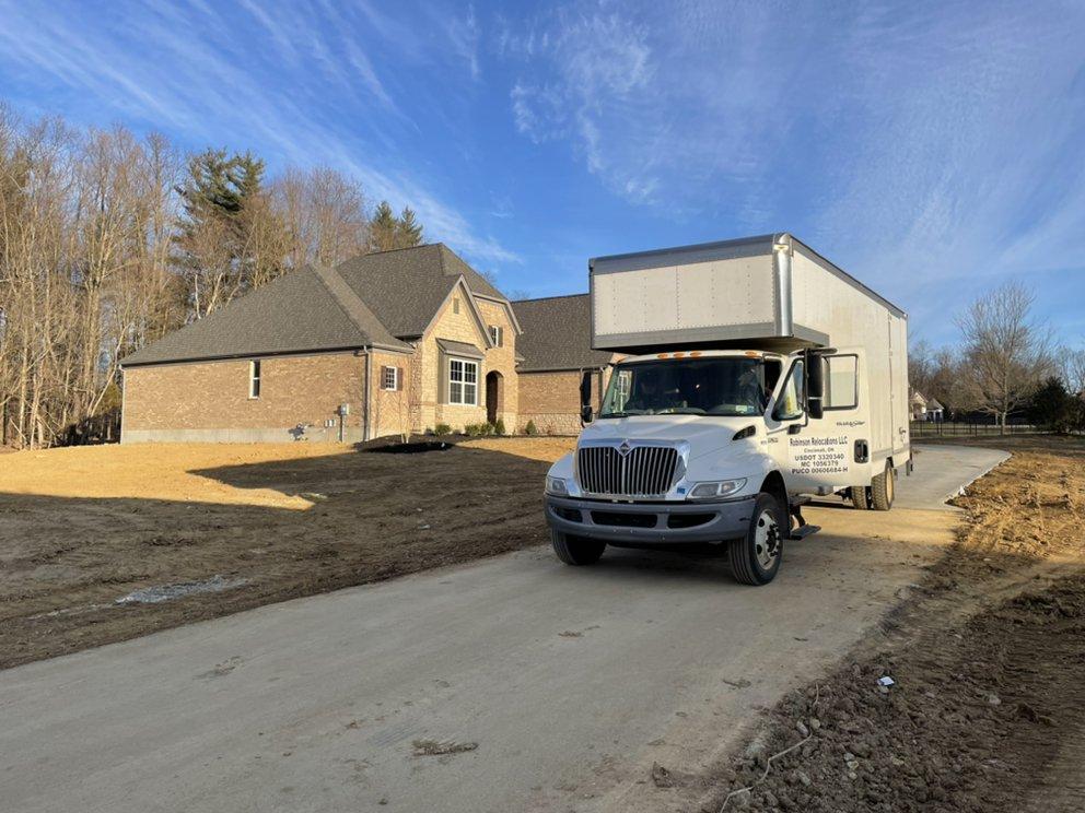 Robinson Relocations: 6320 Madison Rd, Cincinnati, OH